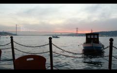 Çengelköy'de gün batımı ve boğaz manzarası. (Çengelköy/ İstanbul, 2018. F: Ömer Batuhan Özmen)